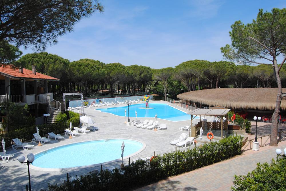 Villaggio vacanze con piscina marina di bibbona villaggio con piscina per bambini vicino livorno - Camping in toscana sul mare con piscina ...